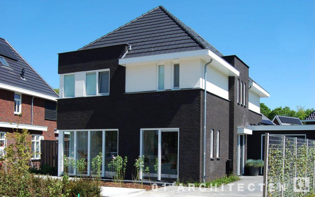 Architectenbureau_Enschede_Schalkhaar_vlakke dakpan_modern