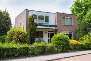 bestaande kubistische woning gemoderniseerd
